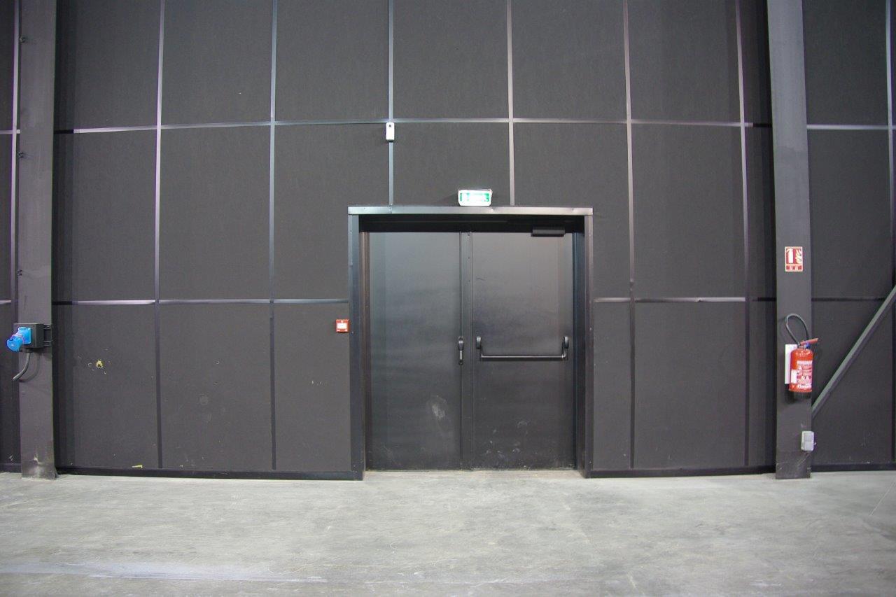 Porte d'isolation